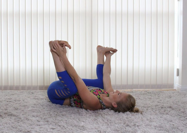 stretching to relieve lower back pain and hips