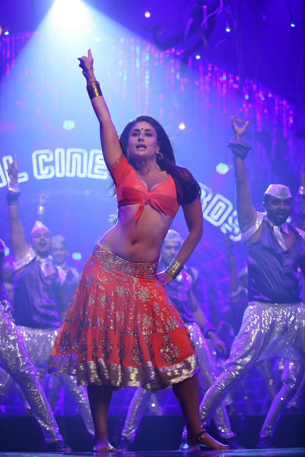 High Quality Bollywood Celebrity Pictures: Kareena Kapoor ...
