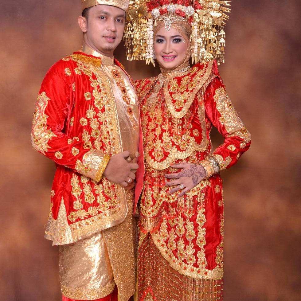 Tata rias pengantin Adat Minang