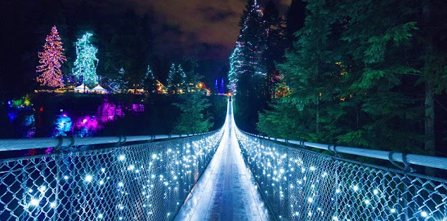 Canyon Lights Capilano Suspension Bridge em Vancouver