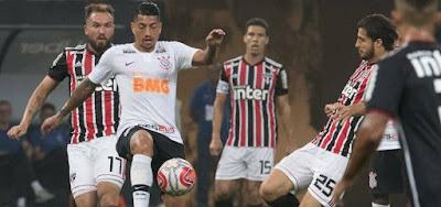 Jogo entre Corinthians x São Paulo na fase de grupos do Campeonato Paulista 2019: equipes se reencontram