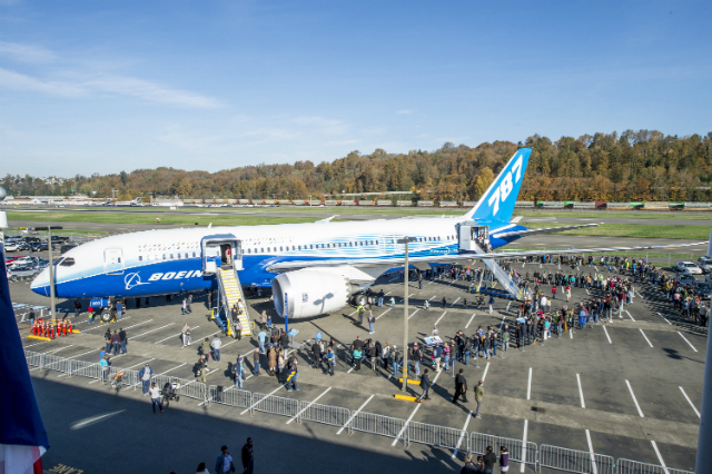Boeing 787-8 Handover Ceremony to the Museum of Flight