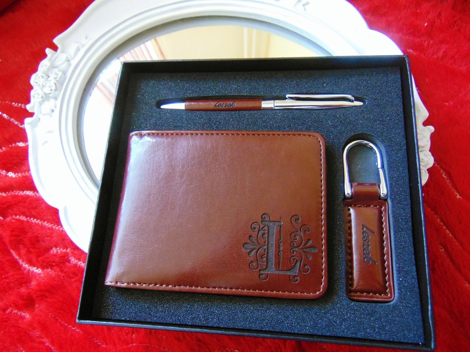 65845305a1896 Recenzja  Monogram 2 - Zestaw z portfelem- prezent dla taty