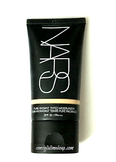 crema colorata sfp30 nars base viso