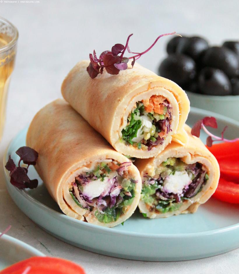 Pfannkuchenröllchen mit Gemüse gefüllt | whatinaloves.com