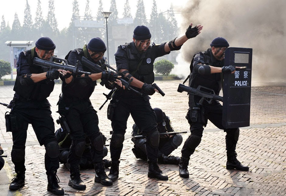 News of the day Chinese Armed Police SWAT units in ...