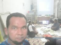 Subhanallah....Militannya Kader PKS, Tungguin Istri yang Lagi Kawal Suara