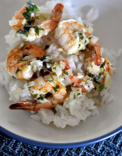 Garlicky-Grilled-Tequila-Lime-Shrimp-tasteasyougo.com