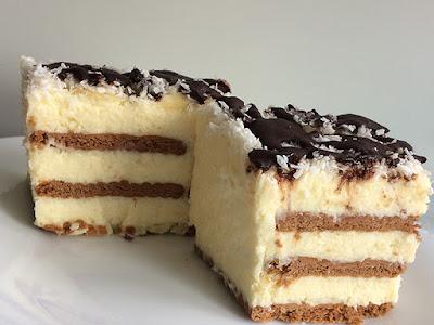 Ciasto na zimno z wiórkami kokosowymi