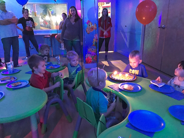 austin family, austin birthday party, catch air austin, do512 austin, austin indoor birthday party, austin indoor play place, austin mom blog, austin blogger, mom blog
