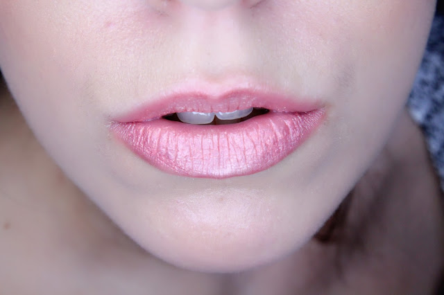 labios metálicos