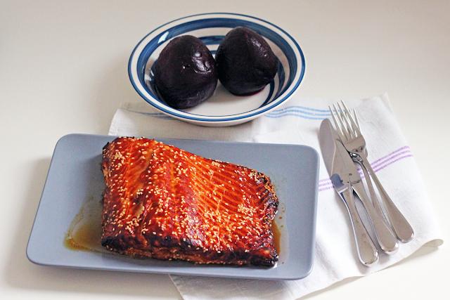 Σολωμός στο φούρνο με Μέλι και Σουσάμι
