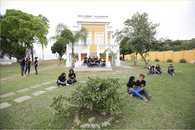 Casa Ser Cidadão em Santa Cruz transforma a vida de jovens e adultos da região