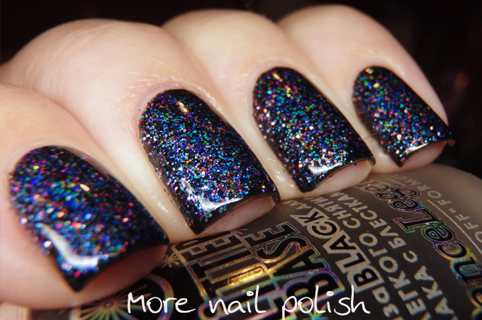 Rub in those glitters feat. glitter from MegaNailSupplies - Pedi Spa ...