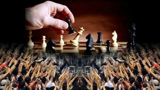 WEST PAPUA: PRESIDEN IR.JOKO WIDODO DALAM BAYANG-BAYANG/KETIAK MILITER INDONESIA