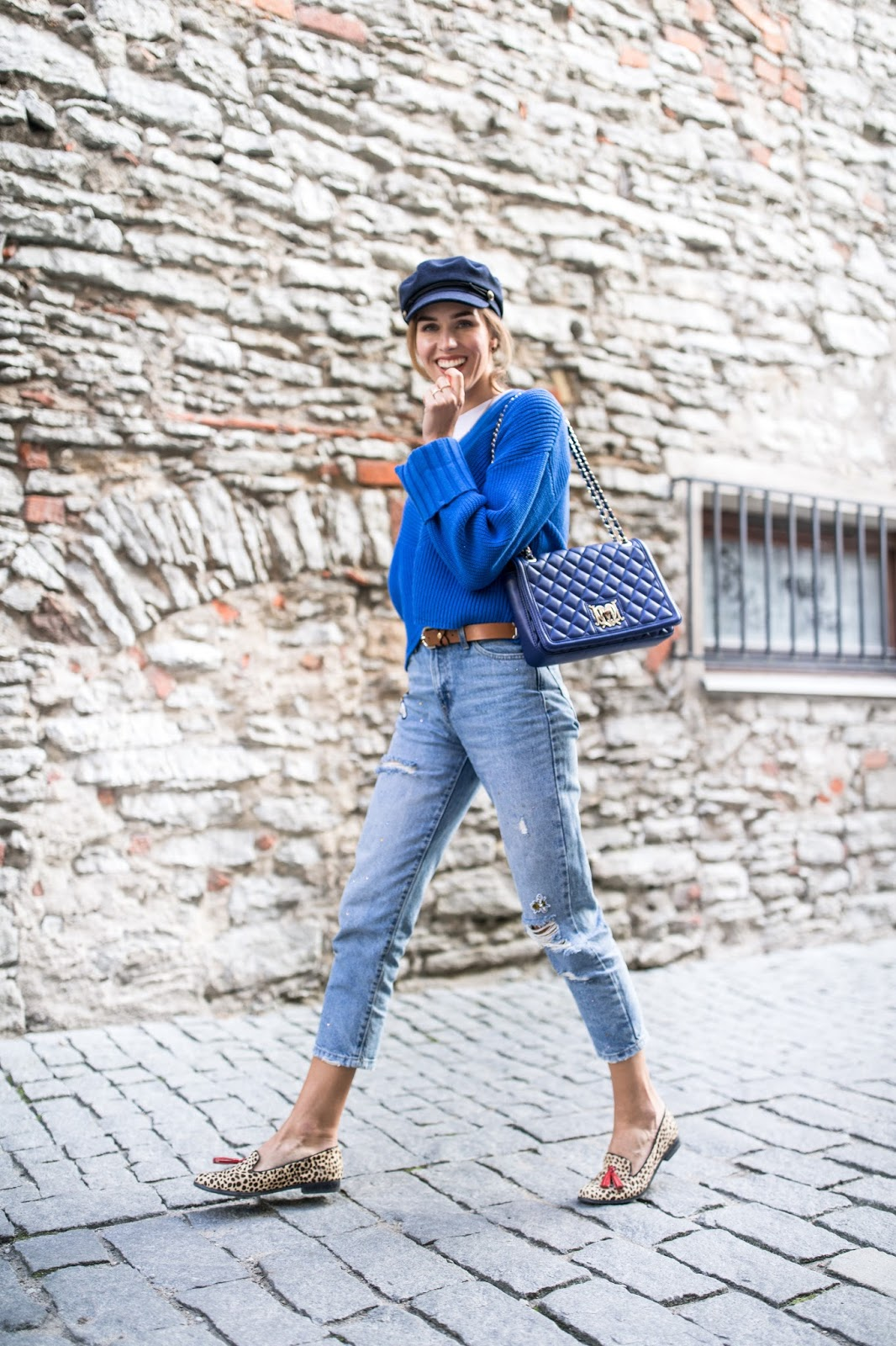 sweater cap fall outfit