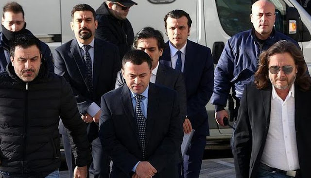 Times: Αγνοούνται 2 από τους 8 τούρκους αξιωματικούς