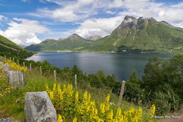 Storfjorden - Noruega por El Guisante Verde Project