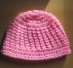 http://translate.googleusercontent.com/translate_c?depth=1&hl=es&prev=/search%3Fq%3Dhttp://www.knotyournanascrochet.com/p/free-patterns.html%26safe%3Doff%26biw%3D1429%26bih%3D984&rurl=translate.google.es&sl=en&u=http://www.knotyournanascrochet.com/2012/03/modified-pineapple-stitch-hat.html&usg=ALkJrhhWTBxv8lN0e-BZi4e3OGALMM7GaA