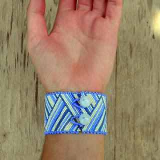 купить необычные украшения ручной работы из бисера браслеты