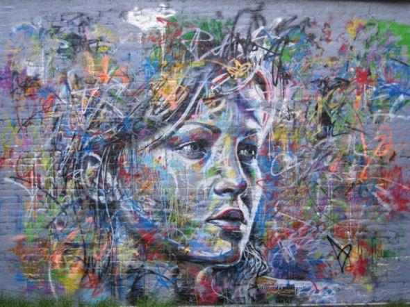 الفن بأى شىء وعلى أى شىء street-art-work-18.j