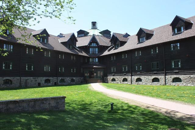 Fairmont Le Chateau Montebello