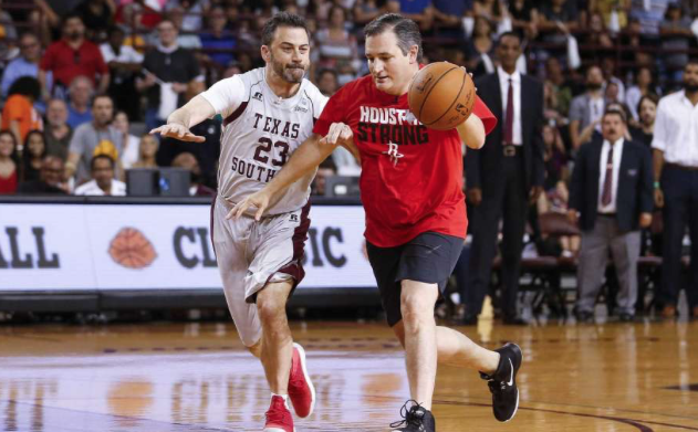 Cruz edges out Kimmel in charity basketball game in Houston
