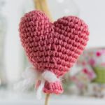 https://translate.google.es/translate?hl=es&sl=it&u=http://besenseless.blogspot.com/2015/02/cuore-amigurumi-heart-free-pattern.html&prev=search