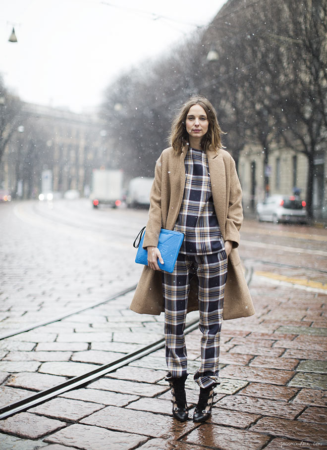 All plaid street style