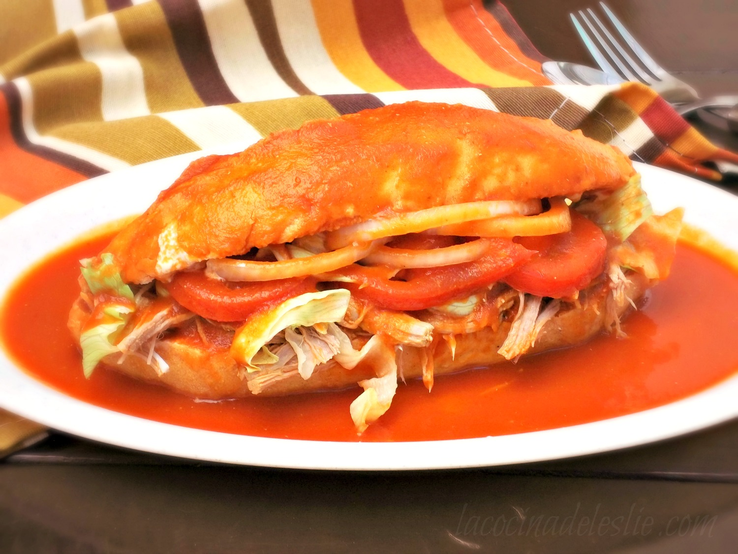 Mexican Shredded Pork Sandwich with Tomato-Chipotle Sauce - lacocinadeleslie.com