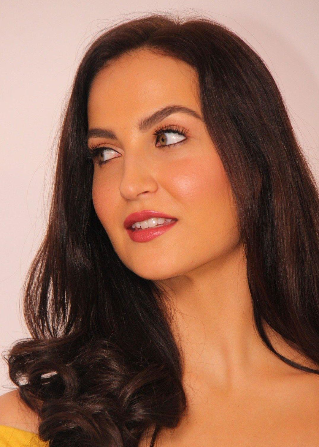 HQ Photoshoot of Elli Avram By Ace Photographer Faizi Ali