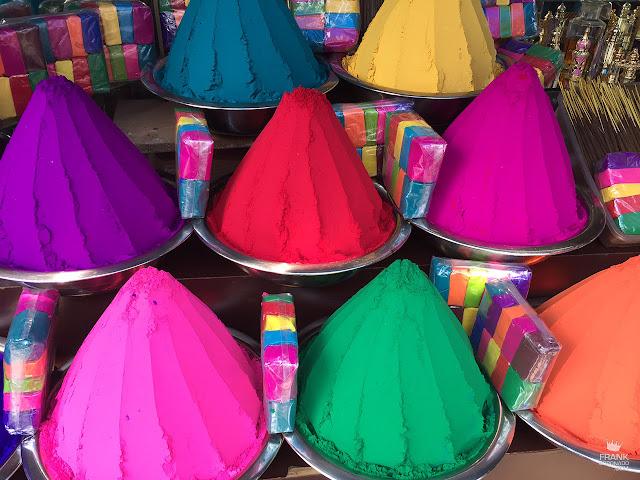 polvos de colores en kochi india