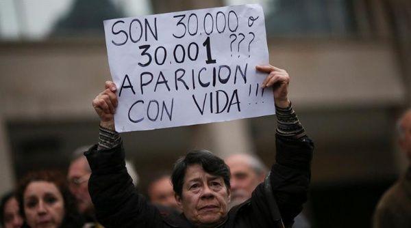 Argentinos ven negativamente al Gobierno por caso Maldonado