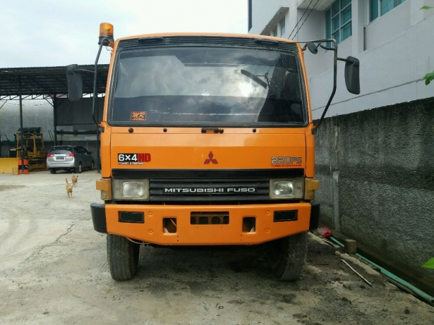 Jual Mitsubishi Fuso 6x4 Truck