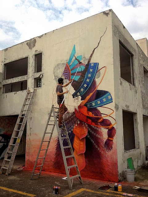 Street Art Mural By Mexican painter Curiot For The proyecto Frágil On The Streets Of Mexico. 7