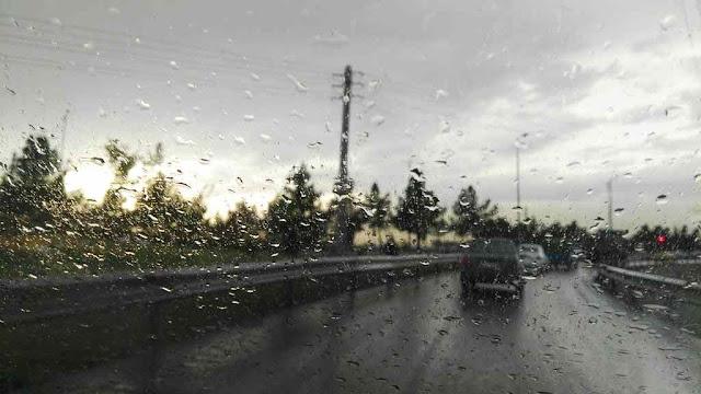 10-tips-aman-berkendara-pada-saat-musim-hujan