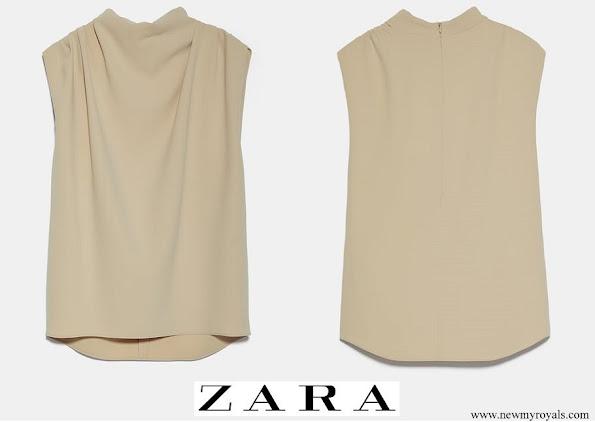 Queen Maxima wore Zara sleeveless high-neck shirt