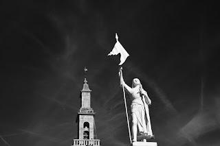 estatua de joana darc