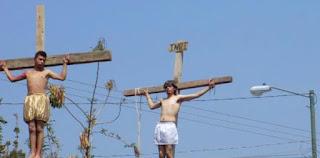 Interpretaba a Judas en un Vía Crucis y murió ahorcado