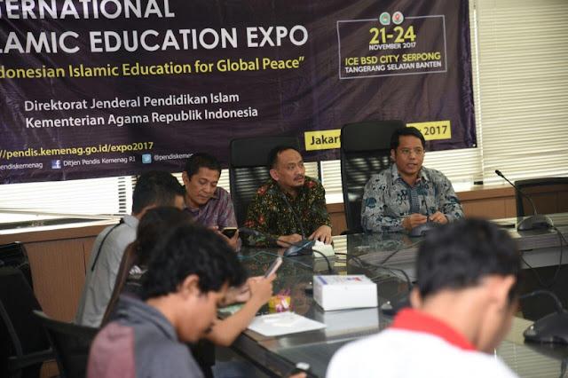 Konferensi pers International Islamic Education Expo. (photo:fikri nugraha)