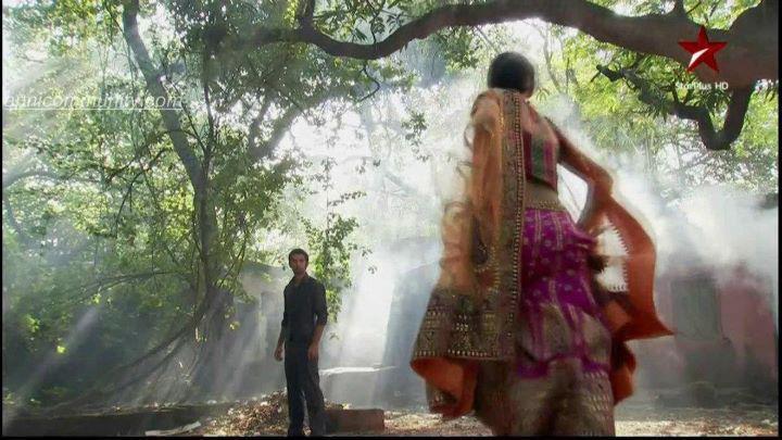 Arnav And Khushi Romance In Hut - More info