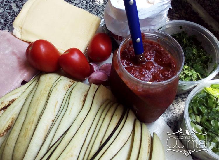 Ingredientes para a lasanha de beringela da Cozinha do Quintal.