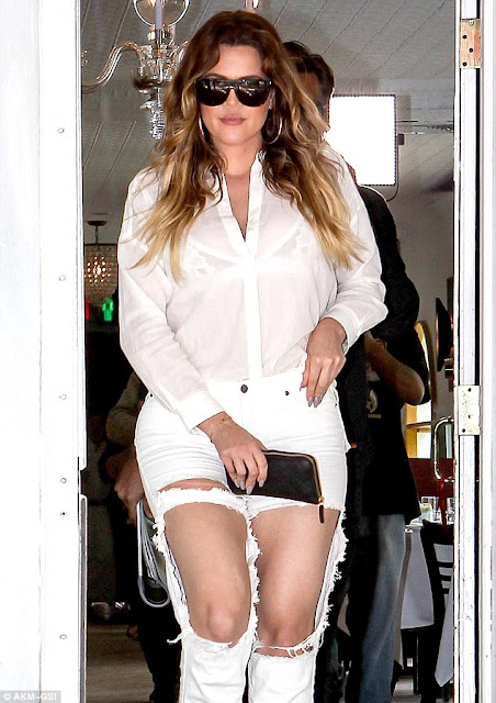 Khloé Kardashian destroyed jeans