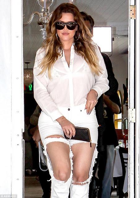 Khloé Kardashian destroyed jeans