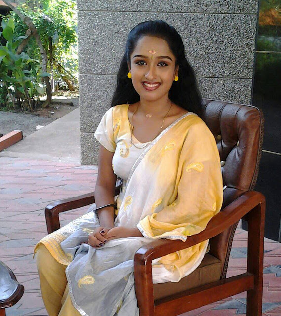 Mallu Serial Actress Rasna's Latest Unseen PRIVATE Photos