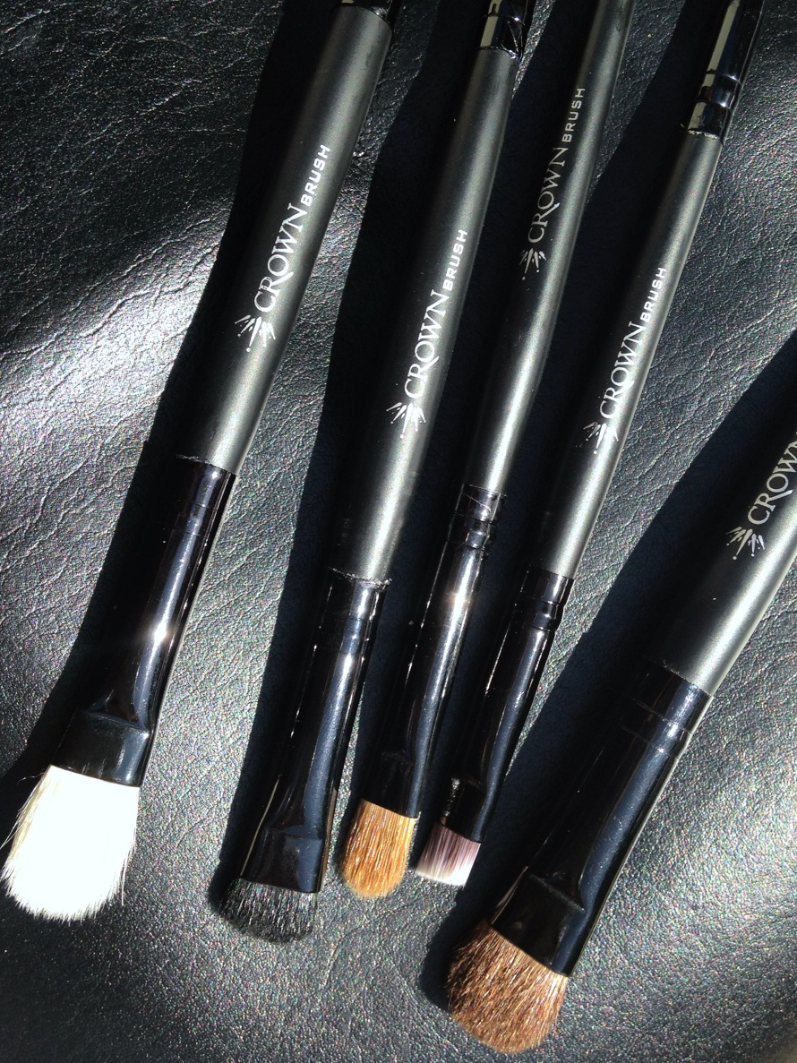 All Brushes Needed For Makeup: Crown Brush: The Essential Crownbrush Kit! 'All Eyes On