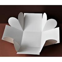 https://www.filigranki.pl/bazy-i-pudelka/4215-baza-exploding-box-z-sercami-10cm-bialy.html
