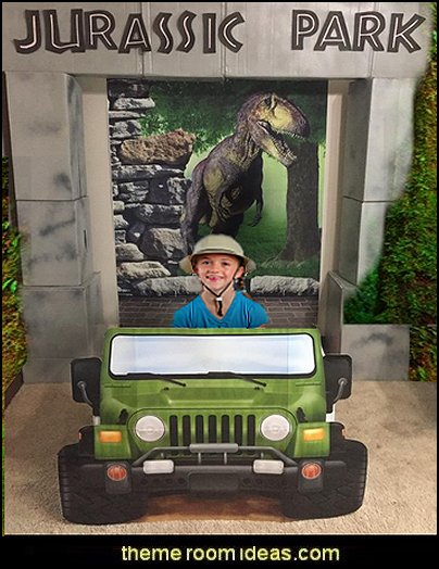 Jungle jeep Safari Photo Prop