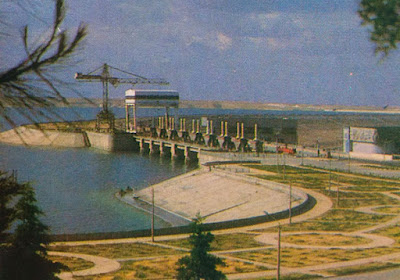 Foto Bendungan Al-Thawra di Sungai Eufrat