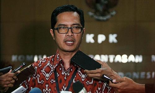 Kabiro Humas KPK Febri Diansyah mengatakan belasan orang diamankan dari dua lokasi, Lampung dan Jakarta.